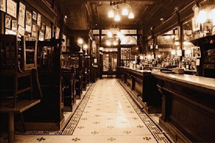 Photo for: Landmark and historic bars of New York