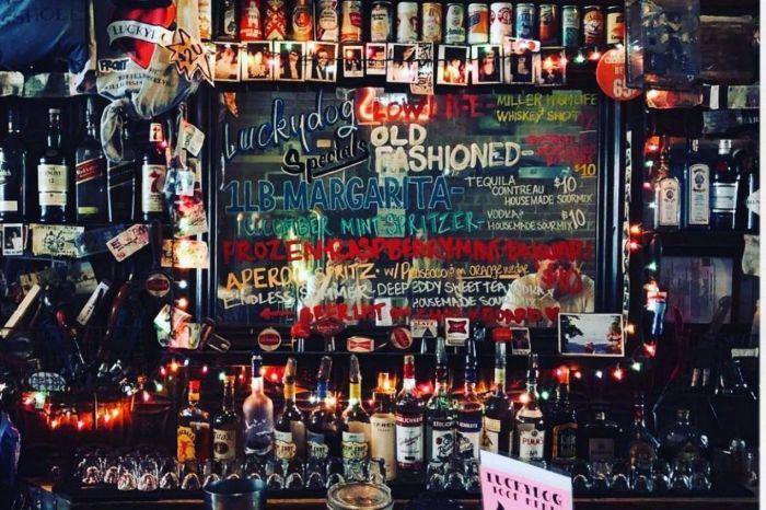 Photo for: Explore Williamsburg's Best Bars & Restaurants